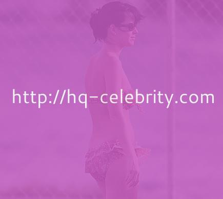 Katy Perry in cute ruffled bikini