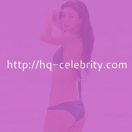 Jayde Nicole shows sexy physique