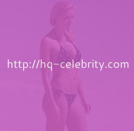 Sexy Kelly Landry in a bikini