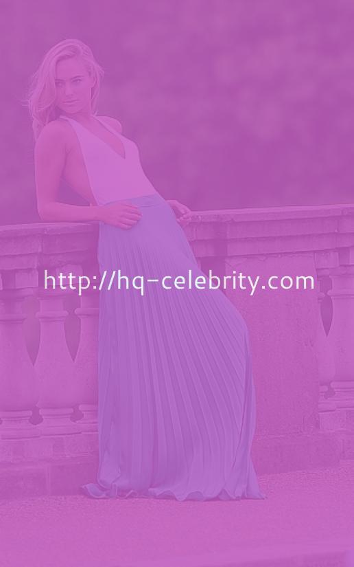 Kimberley Garner In Sexy New Photoshoot