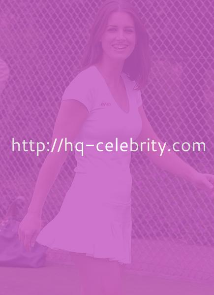 Kirsty Gallacher on the tennis court