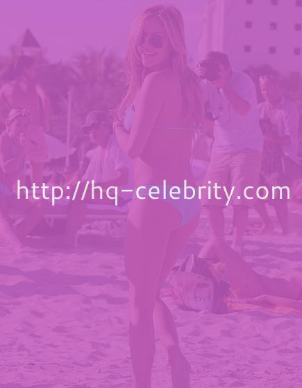 Kristin Cavallaris bikini curves