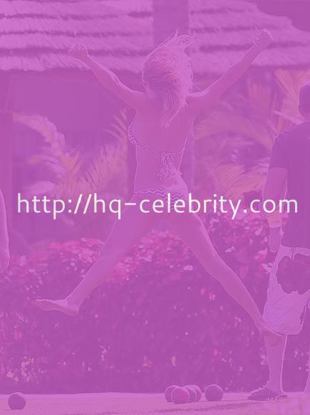 tn leann rimes 5 LeAnn Rimes plays boccie ball in a bikini