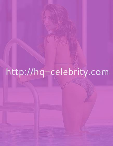 Sexi Leilani Dowding in swimsuit photoshoot