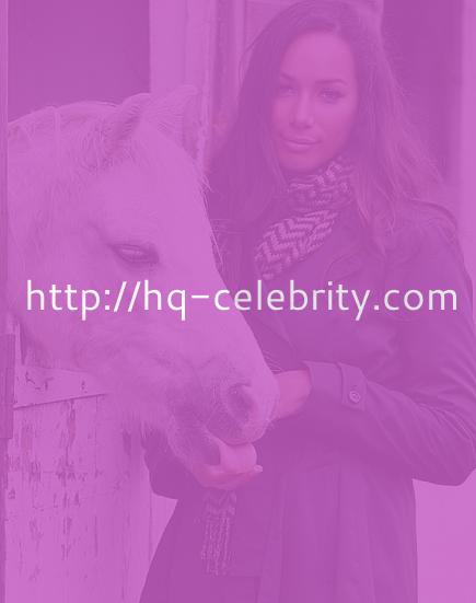 Lovely Leona Lewis hangs out with a horse