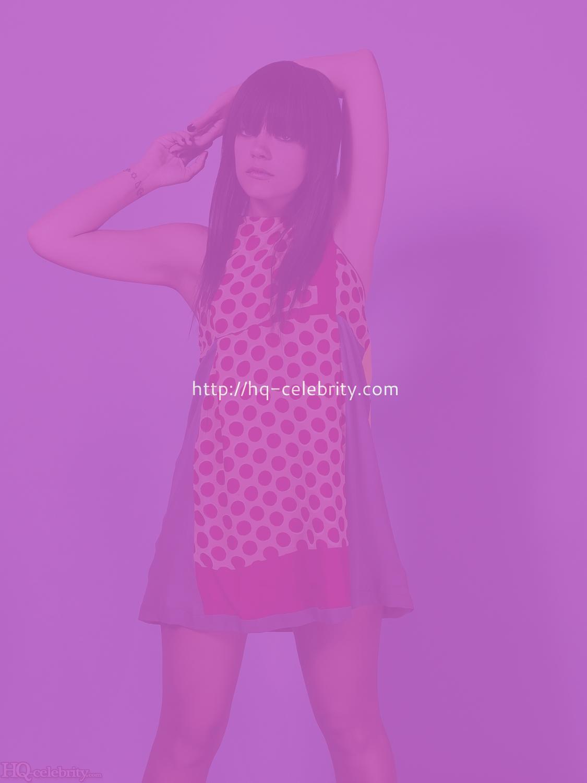 - HQ Celebrity Lily Allen