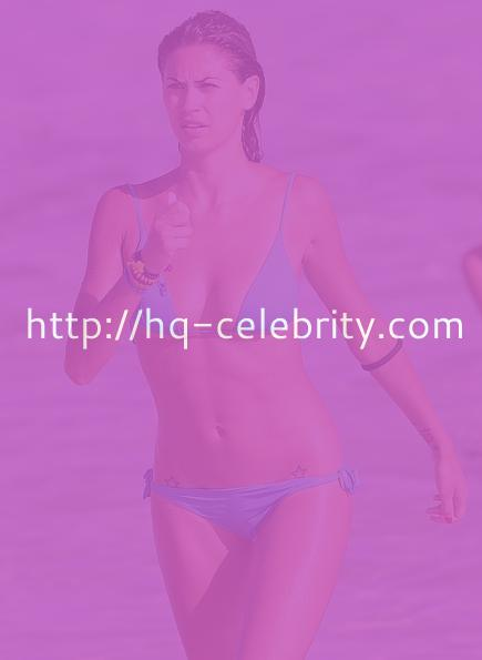 Melissa Satta shows off her incredible body