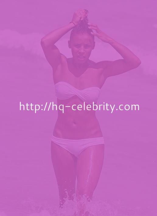 Melody Thornton In Strapless Bikini