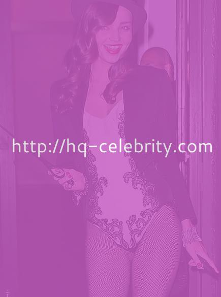 Miranda Kerr gets sexy for Helloween