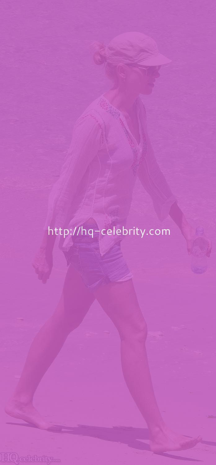- HQ Celebrity