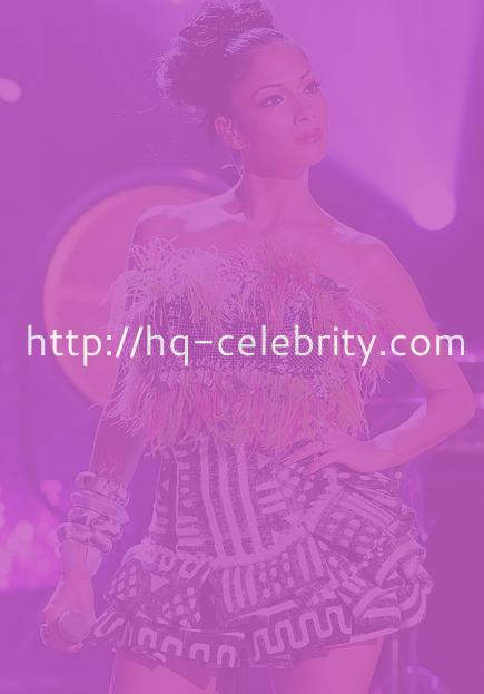 HQ pics of leggy Nicole Scherzinger