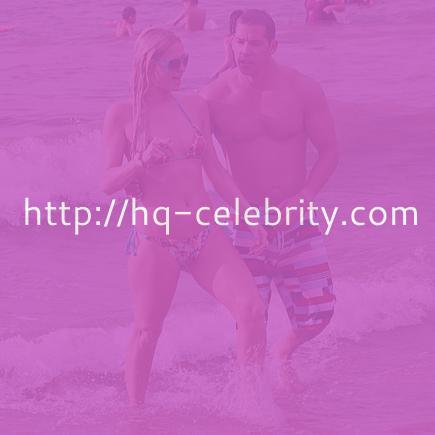 Paris Hilton gets wet in Maui