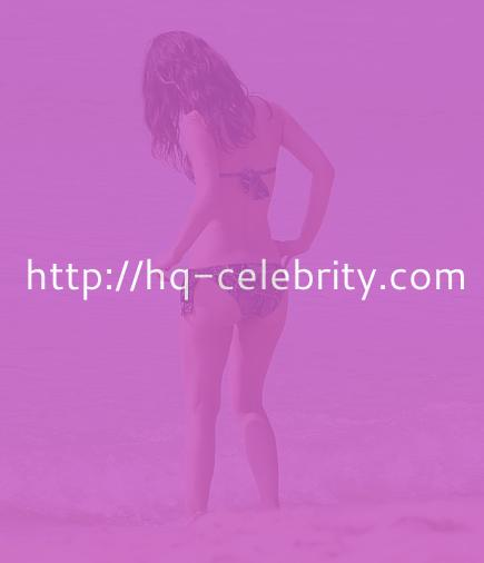 Sexy bikini pics of Rachel Bilson in Barbados