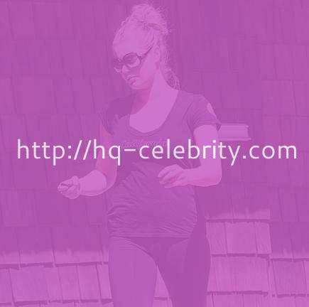 Cameltoe pictures of Rebecca Romijn