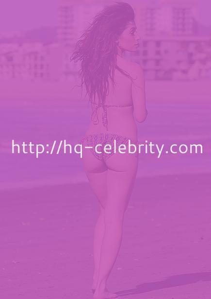 New bikini pics of Sarah Shahi