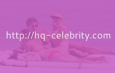 Sexy Scarlett Johansson rocks a bikini in Italy