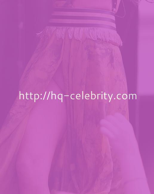 Massive Selena Gomez Wardrobe Malfunction