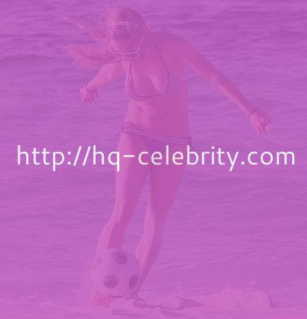 Taryn Manning: Bikini, beach, and ball