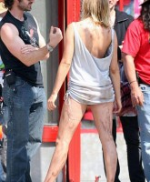 Amy Smart shows bum on Crank