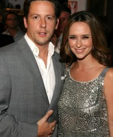 Jennifer Love Hewitt is TVs Sexiest Star?