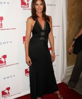 Cindy Crawford at Linked Against Leukemia gala