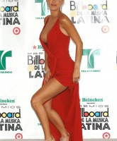 Ninel Conde showing her attribute