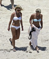 Britney Spears bikinilicious in Cabo San Lucas