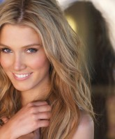Delta Goodrem fresh Aussie beauty
