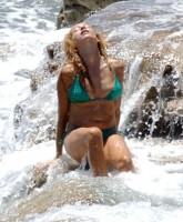 Paulina Rubio in sea