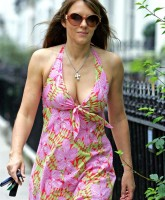 Elizabeth Hurley showing Awesome Cleavage