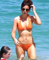 Kate Beckinsale in sea
