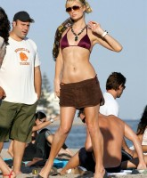 Paris Hilton Beach 11.jpg