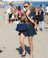 Paris Hilton Beach 5.jpg