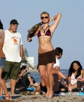 Paris Hilton Beach 6.jpg