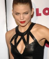 AnnaLynne McCords peep holes