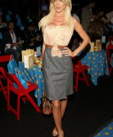 Victoria Silvstedt has fashion sense
