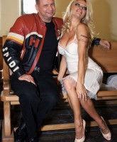 Pamela Anderson hits Moscow