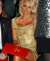 Pamela Anderson presents fashion collection