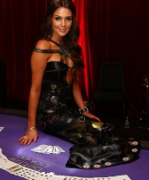 Danielle Lloyd wants to play poker