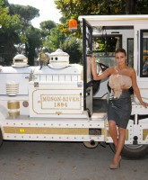 Carmen Electra promotes Disaster Movie
