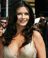 Catherine Zeta Jones -  Letterman Show 11.jpg
