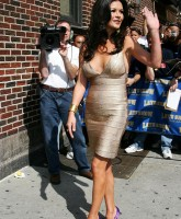 Catherine Zeta Jones -  Letterman Show 16.jpg