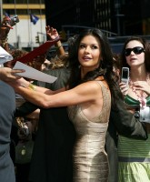 Catherine Zeta Jones -  Letterman Show 21.jpg