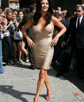 Catherine Zeta Jones -  Letterman Show 23.jpg
