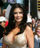 Catherine Zeta Jones -  Letterman Show 6.jpg