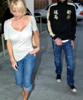 Pamela Anderson at the Ivy restaurant in Santa Monica