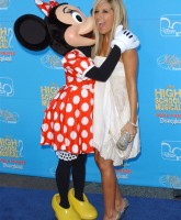 Ashley Tisdale making out with a Mouse