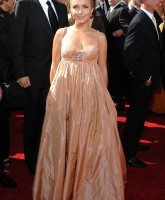 Hayden Panettiere Dressed like a Lady