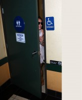 Britney Spears takes Paparazzi on the Toilet