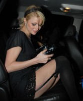 Paris Hilton Stockings 3.jpg